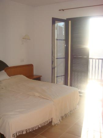 Primasud Apartments: Our bedroom