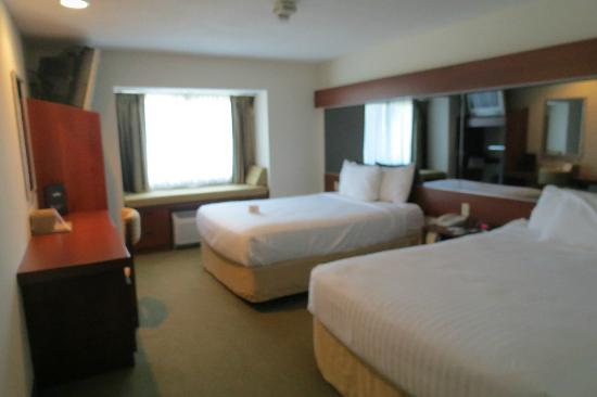 Microtel Inn & Suites by Wyndham Dover: our room
