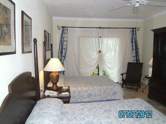 Royal Level at Occidental Cozumel: room 2118 room