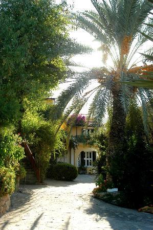 Hotel Bellapais Gardens : Bellapais Gardens Cyprus