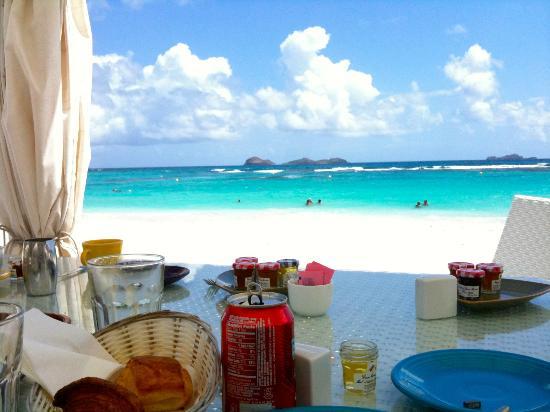 Best Island Beaches For Partying Mykonos St Barts: Un Petit Déjeuner Avec Une Si Jolie Vue, ça Ne Se Refuse
