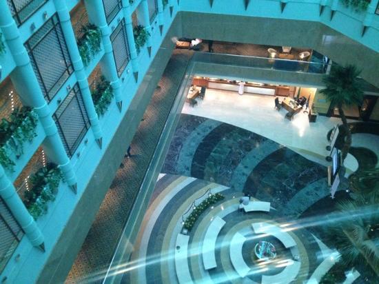 Jeddah Hilton Hotel: view from elevator