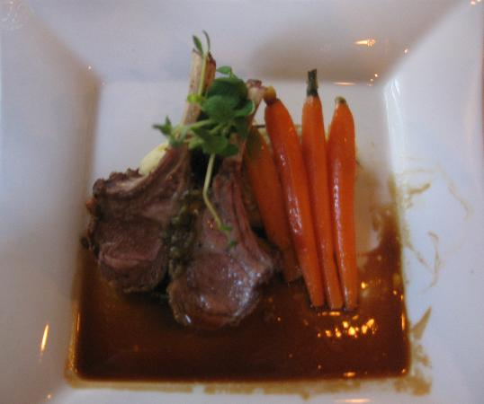Couples Resort: Rack of lamb entrée