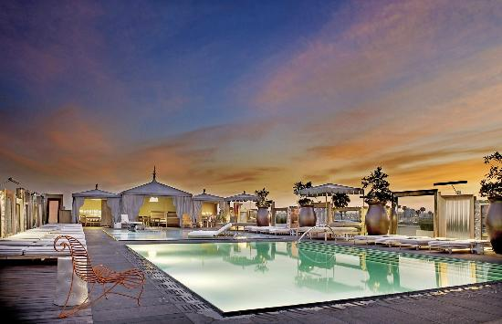 SLS Hotel, A Luxury Collection Hotel, Beverly Hills: Altitude Pool