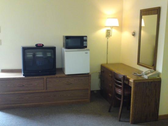 Home Motel : TV, Microwave, Refrigerator