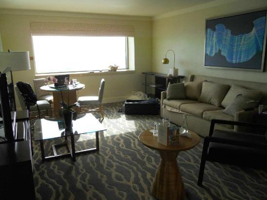 InterContinental Miami : Livingroom of our suite