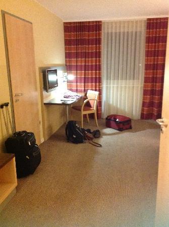 Holiday Inn Express Munich Airport: Work area