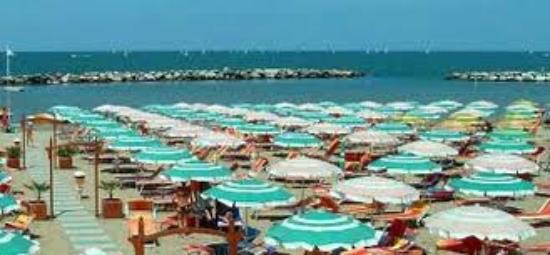Hotel Avila In: spiaggia