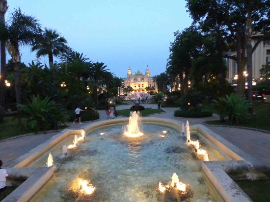 Casino Square : Monte Carlo Casino Gardens - July 2012