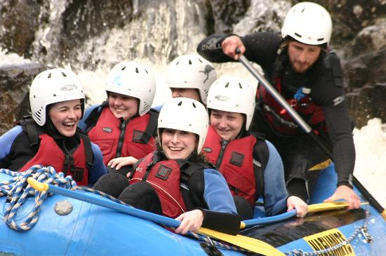Nae Limits Adventure: White water rafting on the River Tummel
