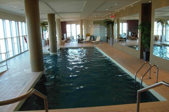 Hotel Le Crystal : Nice saltwater pool