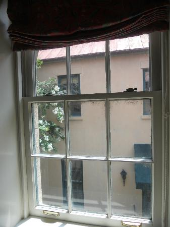 John Rutledge House Inn: View from Room 15...