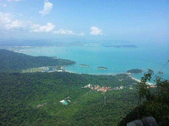 Gunung Mat Cincang: breathtaking view.from the cable car