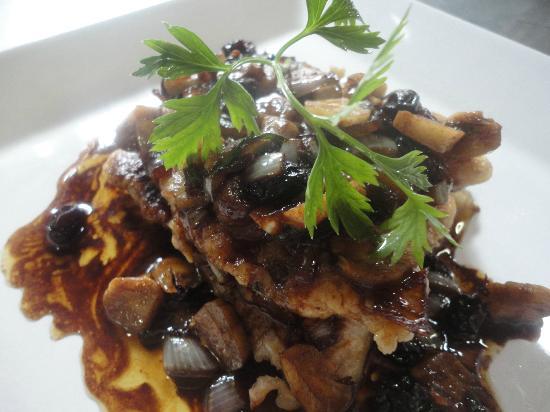 Pirarucu defumado com castanha da amaz nia foto de for 416 americana cuisine
