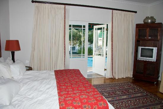 Carslogie House: Our room overlooking the pool