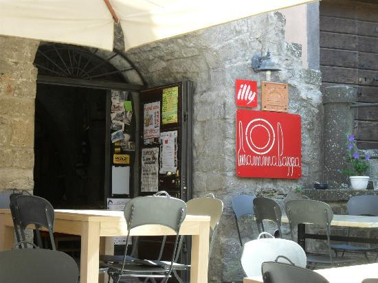 Montefiascone, Italia: insegna