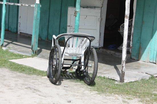 Ryanna Sun: fauteuil roulant local qu elle misere arretons d angresser les chaine hoteliere