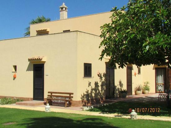 SicilyGate: Il giardino delle Aloe 10
