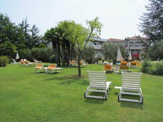Hotel Giulietta Romeo: Giardino