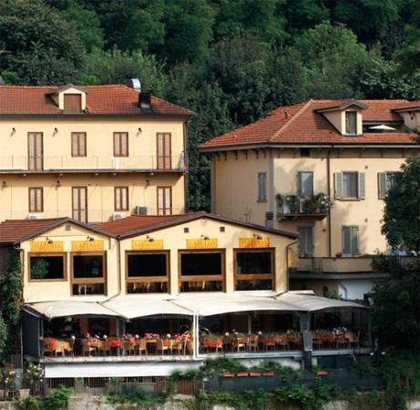 Una grande terrazza dove godersi il fresco e il panorama sul Po ...