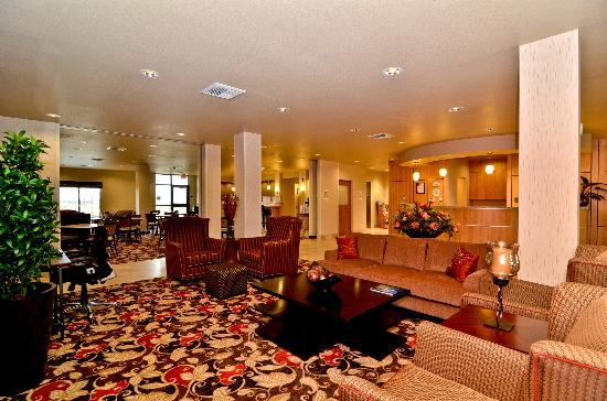 Comfort Suites Helena Airport: Lobby and Business Center
