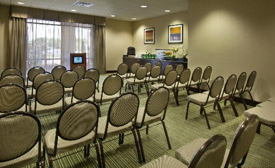 Holiday Inn Gurnee Convention Center : Meetings rom 5-500