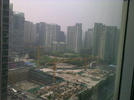 Kerry Hotel Beijing: view of almost built-over greens