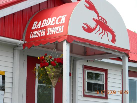 Baddeck Lobster Supper: look for the red awning