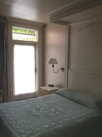 Bella Maggiore Inn Image