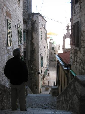 Pansion Sibenik: Walk to Restaurant Alba for breakfast (5 of 8)