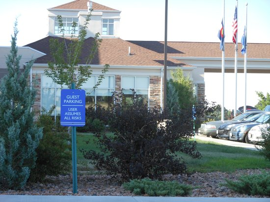"Hilton Garden Inn Colorado Springs Airport: ""Only 3"" break-ins the night we stayed there"