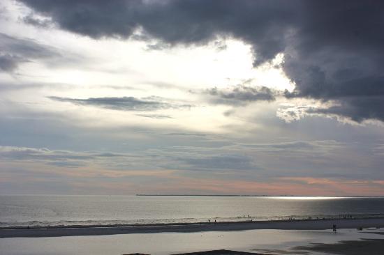 Gulfview Manor Resort: sky
