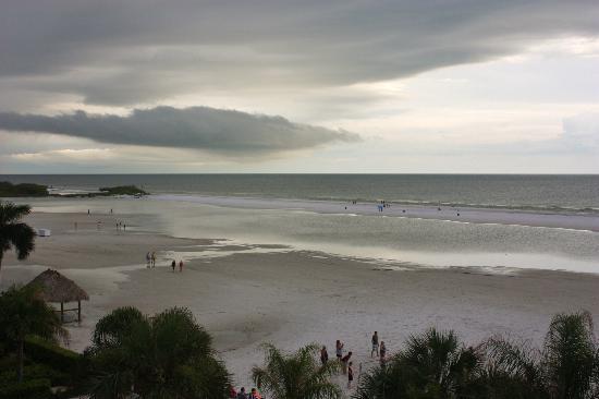 Gulfview Manor Resort : beach