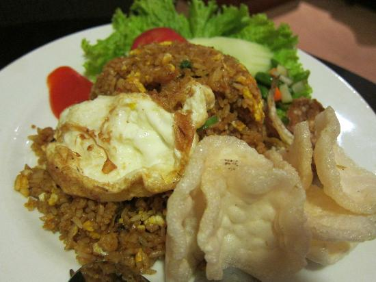 Grand Sakura Hotel: salted fish fried rice, not bad