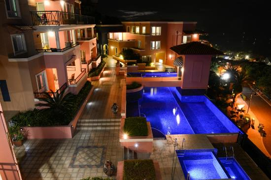 Martinique Whitsunday Resort : Overall Resort