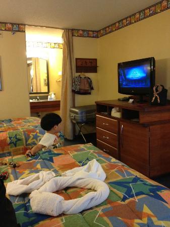 Disney's All-Star Movies Resort: 部屋の入り口から