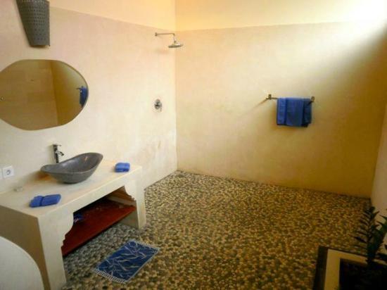 Bali Alizee Villas: salle de bain