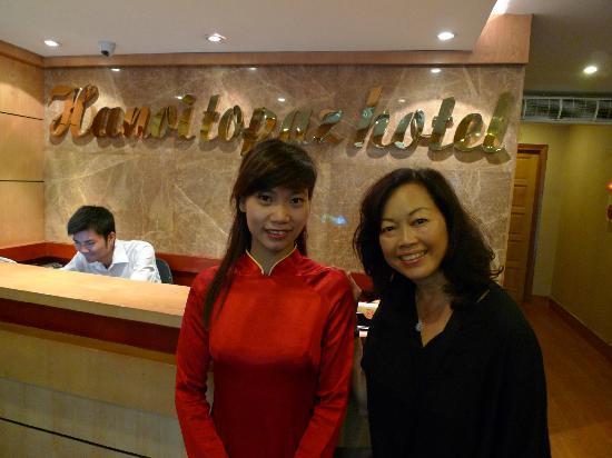 Hanoi Topaz Hotel: Front Desk