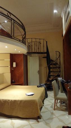 Hotel Opera Roma: The suite