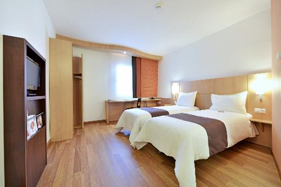 Ibis Olomouc Centre: Standard room TWIN