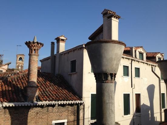 Locanda Poste Vecie: view from the skylight