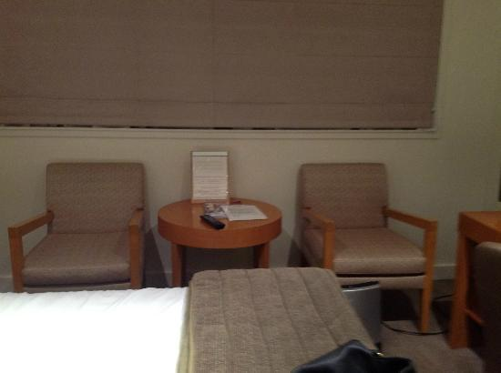 Quality Hotel Gateway : Looks like a doctor's waiting room