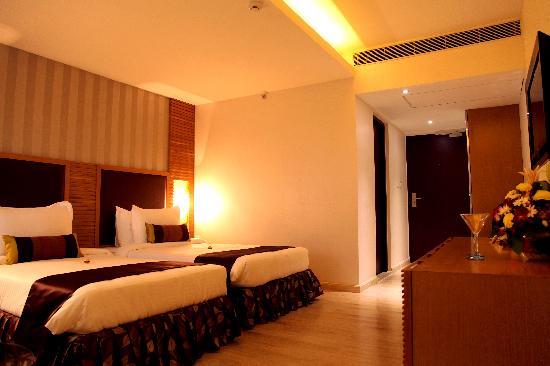 The Purple Leaf Hotel