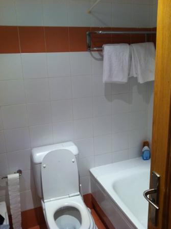 Hotel Bemon Playa: la salle de bain