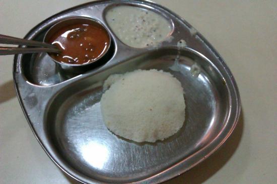 Cafe Madras: Idli