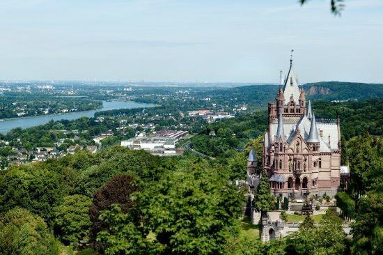 Koenigswinter, Jerman: provided by Schloss Drachenburg