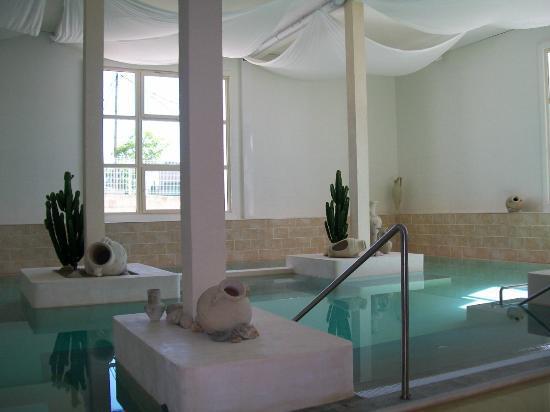 Acropole du Spa : temple de l'eau