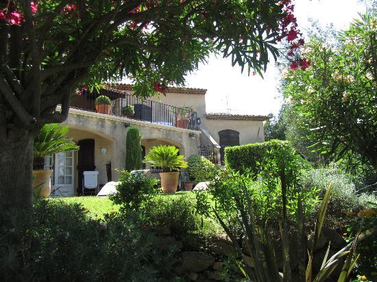 Le Mas Samarcande: Il giardino