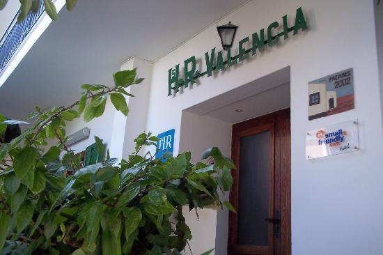 Hostal Valencia: plus belle façade de San Antonio