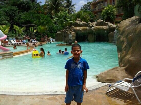 Piscina fotograf a de hotel cielo mar aguadilla for Hotel cielo mar ofertas familiares
